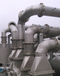 Solvent treatment facility