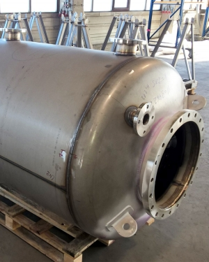 Discharge silencer in stainless steel