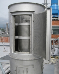 Cleanable exhaust air silencers for food industries
