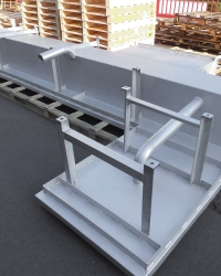 Stainless steel drain structures for slaughter houses