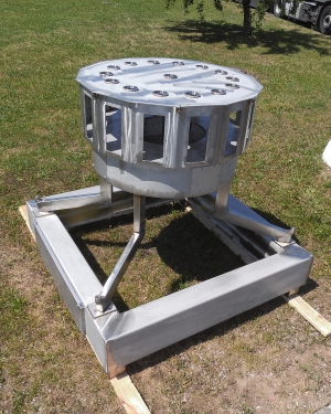 Stainless steel base frame for food technologies